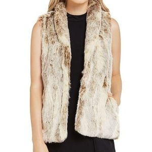 BCBGeneration | faux fur vest soft like new